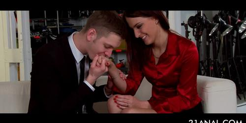 Redhead anal queen mouth fucking big dick on knees