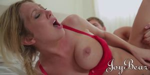 Horny Blonde busty babe Lexi Lowe does her gardener