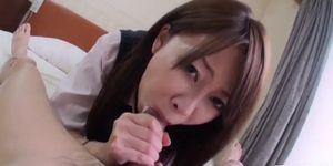 Sakura Anna blows cock before a wild fuck