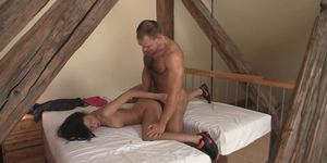 Brunette gf takes deepthroat and hard doggy-banging