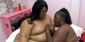 Lesbian BBBW 10 - scene 2