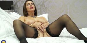 British MILF Christine loves fooling around