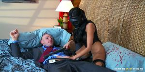 Brazzers - Lonely wife Breanne Benson takes big-dick