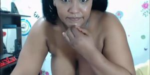 BBW Colombian Plays and Squirts Porn Videos