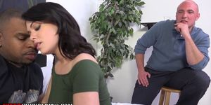 Fetish domina eats cum