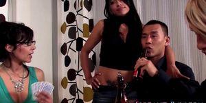Threeway glam ho swallows Porn Videos