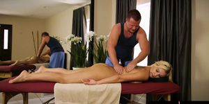 Big hooters client Kenzie Taylor screwed by her masseur