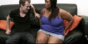 He lures huge black lady into sex Porn Videos
