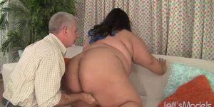 Ultra Fat Babe Sugar BBW Is Energetically Fucked by a Horny Older Guy