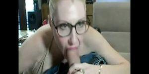 Dalny Marga ottiene un grosso gallo bianco