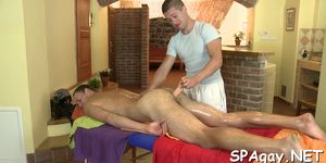Mamada de gay masajista
