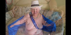 Slide Show - OmaGeiL Horny Lusty Grandma Pictures Compilation