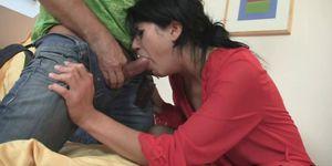 Shameless bitch gets her snatch punished rough