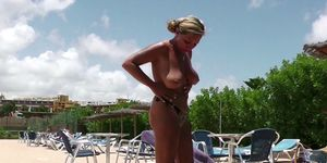 GERMAN MILF SEDUCE to FUCK directly from Pool in Holiday