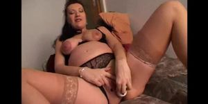 Breasted pregnant milf in ligerie masturbating