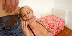 Big tits blonde with tattoos cums while hammered in the ass
