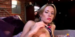 Blondie gets a rough DP