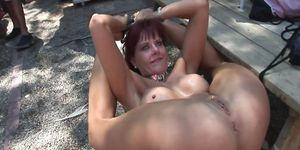 Free naked sexy porno - Sexy amateur girls posing naked outdoors