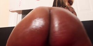 Big Booty Ebony Amateur Does First Time Double BBC Threesome