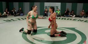 Best Carmen Electra Naked Wrestling Channel Pic