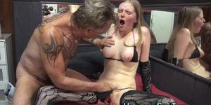 Hooker sex porn - Teen hooker gets oral sex