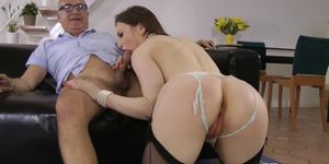 Classy Euro pussy fucked by horny pensioner