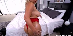 Big ass blonde milf with huge jugs gets banged