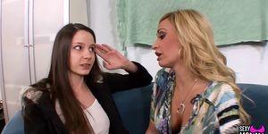 SEXYMOMMA - Claudia Seduces Stepdaughter Rilee