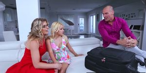 Brazzers - Teens Like It Big - Cory Chase Marsha May Sean Lawless - The Perfect Size