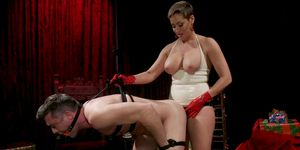 Milf in latex anal bangs bound male