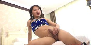 Tailandés ts tou bareback anal y culo a boca mamada