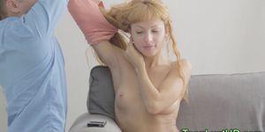 Teen cutie guzzles spunk Porn Videos