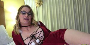 Amateur spex trans tirando de su polla solo