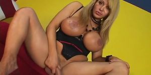 humorous trio shagging with sthis chabmales