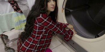 Latina Gets Fucked In Laundromat