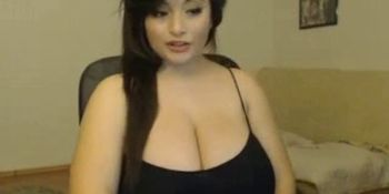 BBW shows her big tits