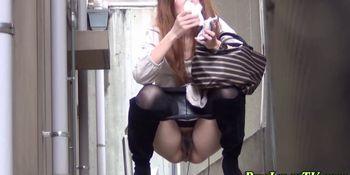Japanese hos spied peeing