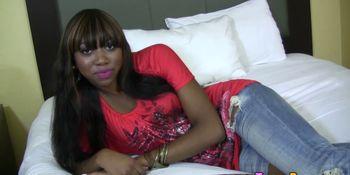 Ebony whore creamed on
