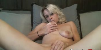Hot down to earth blonde ready to pleasure