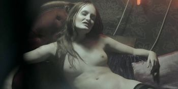 Gabriela Cerna nude - Cirkus Bukowsky s01e02 - 2013
