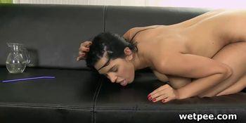 Huge tits Kira Queen self finger fucks for piss