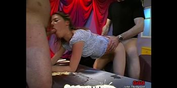 Dirty young girl sure knows how to be a good little slut