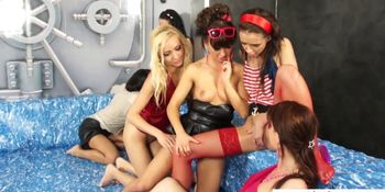 Glamorous piss babes peeing in lesbian group