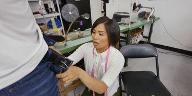 Japanse tiener doet sucky fucky met de BBC