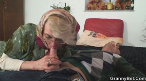 Watch Free GrannyBet Porn Videos
