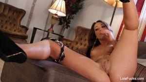 Watch Free Lola Foxx Official Site Porn Videos